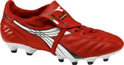 Boys Diadora Soccer Shoes