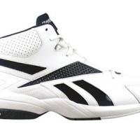 Reebok Buckets V Basketball Shoe